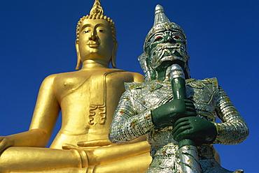 Giant statue of Buddha and guard, Koh Samui, Thailand, Southeast Asia, Asia