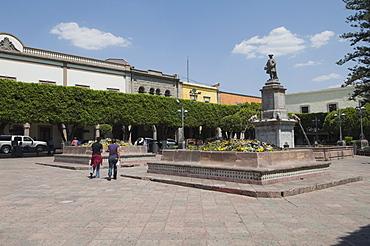 Plaza de la Independencia (Plaza de Armas) in Santiago de Queretaro (Queretaro), a UNESCO World Heritage Site, Queretaro State, Mexico, North America
