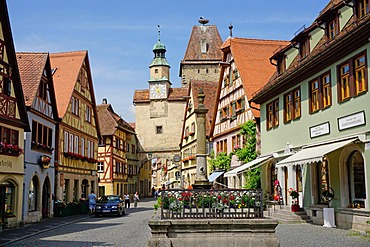 Markus Tower and Roder arch, Rothenburg ob der Tauber, Romantic Road, Franconia, Bavaria, Germany, Europe