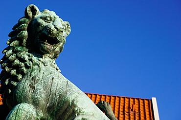 Lion Statue, Bergen, Hordaland, Norway, Scandinavia, Europe