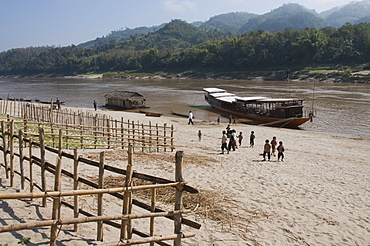 Mekong River near Pakbang, Laos, Indochina, Southeast Asia, Asia