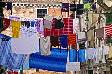 Washing lines hanging across the street, Castello Quarter, Venice, Veneto, Italy, Europe