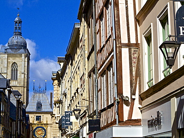 Gros Horloge street, and half timbered houses, Rouen, Normandy, France, Europe