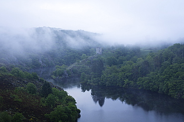 Dawn, Crozant Castle and the River Creuse, Limousin, France, Europe