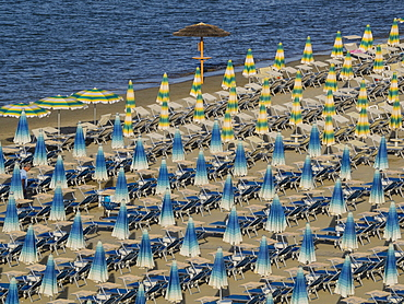 Umbrellas on the beach, Gatteo a Mare, Region of Emilia Romana, Adriatic Sea, Italy, Europe