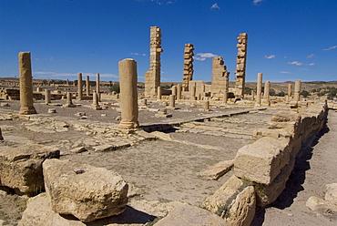 Christian Church, Roman ruins of Sbeitla, Tunisia, North Africa, Africa