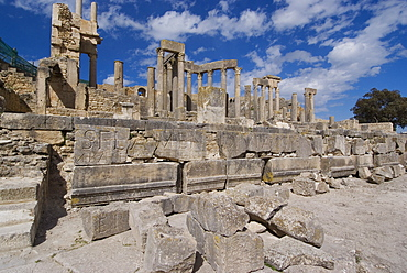 Theatre, Roman ruin of Dougga, UNESCO World Heritage Site, Tunisia, North Africa, Africa