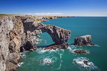 Green Bridge of Wales, Pembrokeshire Coast, Wales, United Kingdom, Europe
