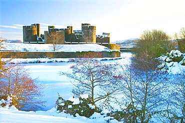 Caerphilly Castle, Snow, Caerphilly, Cardiff, Wales, UK