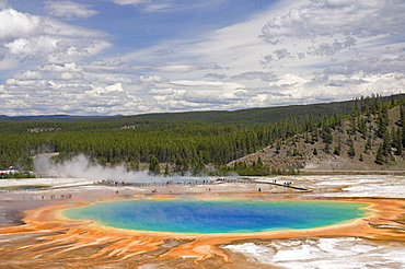 Tourists on the boardwalk around the Grand Prismatic Spring, Midway Geyser Basin, Yellowstone National Park, UNESCO World Heritage Site, Wyoming, United States of America, North America