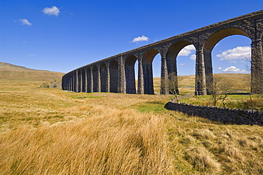 Ribblehead railway viaduct on the Settle to Carlisle rail route, Yorkshire Dales National Park, England, United Kingdom
