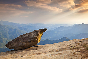 Hanging rock, overlooking the Sequoia foothills at sunset, Tulare County, Sequoia National Park, Sierra Nevada, California, United States of America, North America