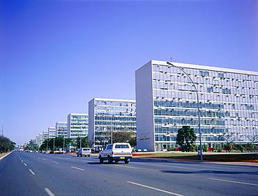 Brazil, Goias, Brasilia, The Administrative Capital Created Par President Kubitschek And Designed By Brasilian Town Planner Lucio Costa & Architect Oscar Niemeyer, The Ministries Avenue Perspective