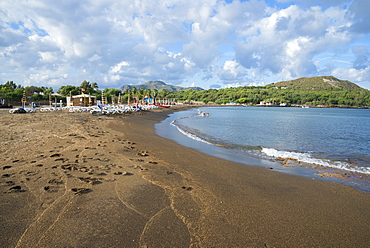 Black Sand beach, Vulcano Island, Aeolian Islands, UNESCO World Heritage Site, north of Sicily, Italy, Mediterranean, Europe