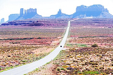 Country road, Monument Valley, Arizona, United States of America, North America