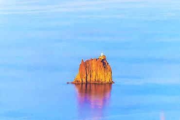 Strombolicchio islet, Stromboli, Aeolian Islands, UNESCO World Heritage Site, Sicily, Italy, Mediterranean, Europe