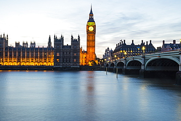 Houses of Parliament, UNESCO World Heritage Site, and Westminster Bridge over the River Thames, London, England, United Kingdom, Europe