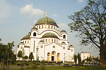 St. Sava Orthodox Church, dating from 1935, biggest Orthodox Church in the world, Belgrade, Serbia, Europe