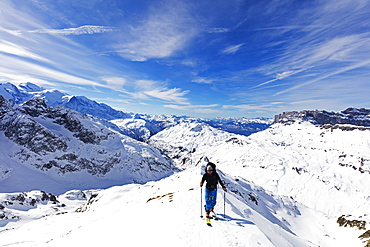 Ski touring on Mont Buet, Chamonix, Rhone Alpes, Haute Savoie, French Alps, France, Europe