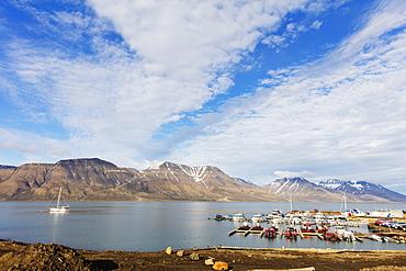 Longyearbyen harbour, Spitsbergen, Svalbard, Arctic, Norway, Europe
