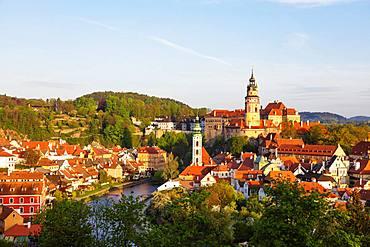 Cesky Krumlov Castle dating back to 1240, Cesky Krumlov, UNESCO World Heritage Site, South Bohemia, Czech Republic, Europe