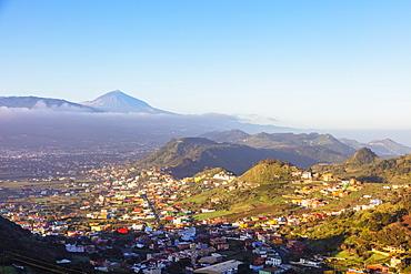 Pico del Teide, 3718m, highest mountain in Spain, Teide National Park, UNESCO World Heritage Site, Tenerife, Canary Islands, Spain, Atlantic, Europe