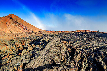 Volcanic landscape, Mauna Loa, Hawaii Volcanoes National Park, UNESCO World Heritage Site, Big Island, Hawaii, United States of America, North America