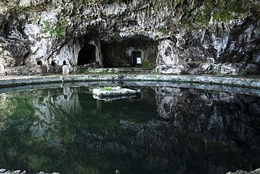 The Emperor Grotto's bath pool, Sperlonga, Lazio, Italy, Europe