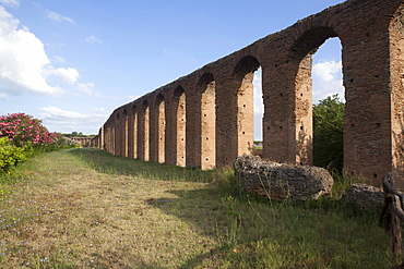 The Quintili aqueduct, Rome, Lazio, Italy, Europe