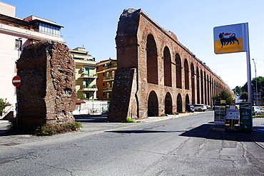 The eleventh aqueduct in Rome built by Emperor Alessandro Severo in 226 BC, Rome, Lazio, Italy, Europe