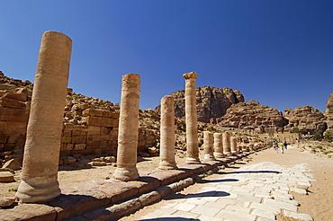 Colonnaded street, Petra, UNESCO World Heritage Site, Jordan, Middle East