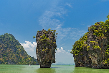 James Bond Island, featured in the movie The Man with the Golden Gun, Phang Nga, Thailand, Southeast Asia, Asia