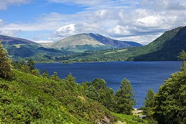 Derwentwater, and Saddleback (Blencathra), Keswick, Lake District National Park, Cumbria, England, United Kingdom, Europe