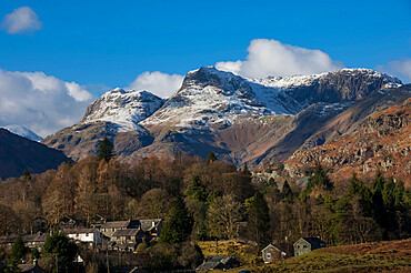 Langdale Pikes, Elterwater Village, Lake District National Park, UNESCO World Heritage Site, Cumbria, England, United Kingdom, Europe