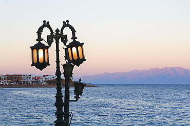 Lamp and Gulf of Aqaba, Asilah (Dahab), Sinai, Egypt, North Africa, Africa