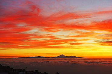View from El Pinar towards Tenerife at sunrise, El Hierro, Canary Islands, Spain, Atlantic, Europe