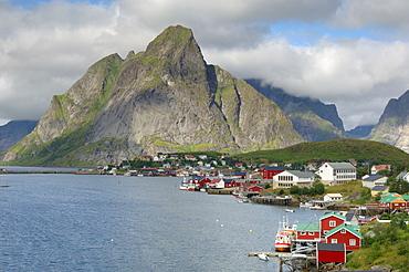 Reine, Moskenesoya, Lofoten Islands, Norway, Scandinavia, Europe