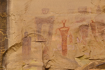 Barrier Canyon style pictographs, Indian Rockart Pictographs, Sego Canyon, Utah, United States of America, North America