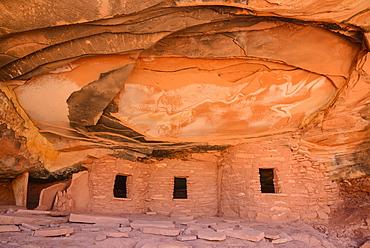 Ancient Indian Granaries, Road Canyon, Cedar Mesa, Utah, United States of America, North America