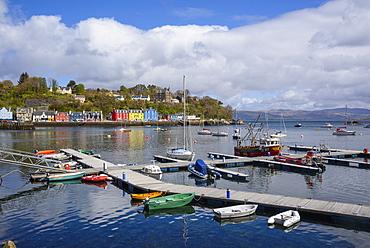 Tobermory harbour, Isle of Mull, Inner Hebrides, Argyll and Bute, Scotland, United Kingdom, Europe