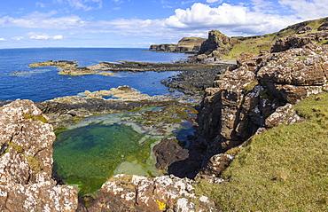 Cliffs around Treshnish Point, Isle of Mull, Inner Hebrides, Argyll and Bute, Scotland, United Kingdom, Europe