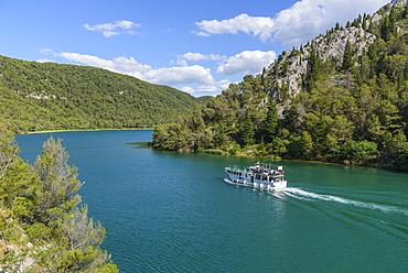 Boat trip between Skradin and Skradinski Buk, Krka National Park, Croatia, Europe