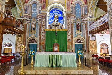 Santa Cruz Cathedral Basilica, Fort Cochin, Kochi, Kerala, India, South Asia