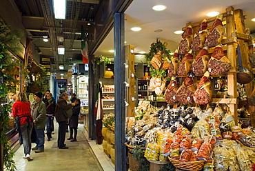 Mercato Centrale (Central Market), Florence, Tuscany, Italy, Europe