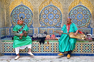 Carcaba (iron castanets) and Gambri (guitar) players, Kasbah, Tangier, Morocco, North Africa, Africa