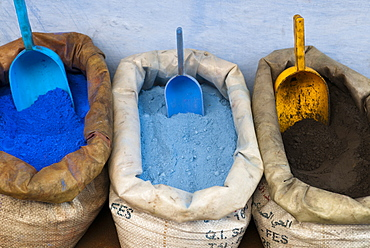 Pigments and spices for sale in the kasbah, Chefchaouen, Tangeri-Tetouan Region, Rif Mountains, Morocco, North Africa, Africa