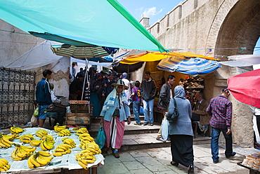 Street market, Medina, Tetouan, UNESCO World Heritage Site, Morocco, North Africa, Africa