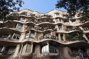 Mila House (or La Pedrera) by Antoni Gaudi, UNESCO World Heritage Site, Barcelona, Catalunya (Catalonia) (Cataluna), Spain, Europe