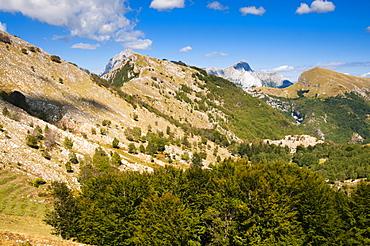 Matanna Mountain (Monte Matanna), Apuan Alps (Alpi Apuane), Lucca Province, Tuscany, Italy, Europe