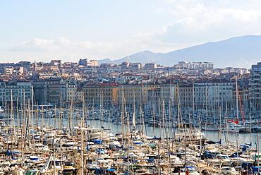 View across the Vieux Port, Marseille, Bouches du Rhone, Provence-Alpes-Cote-d'Azur, France, Mediterranean, Europe